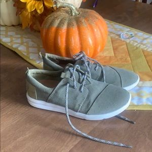 Toms olive sneakers